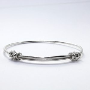 Silver expanding bangle